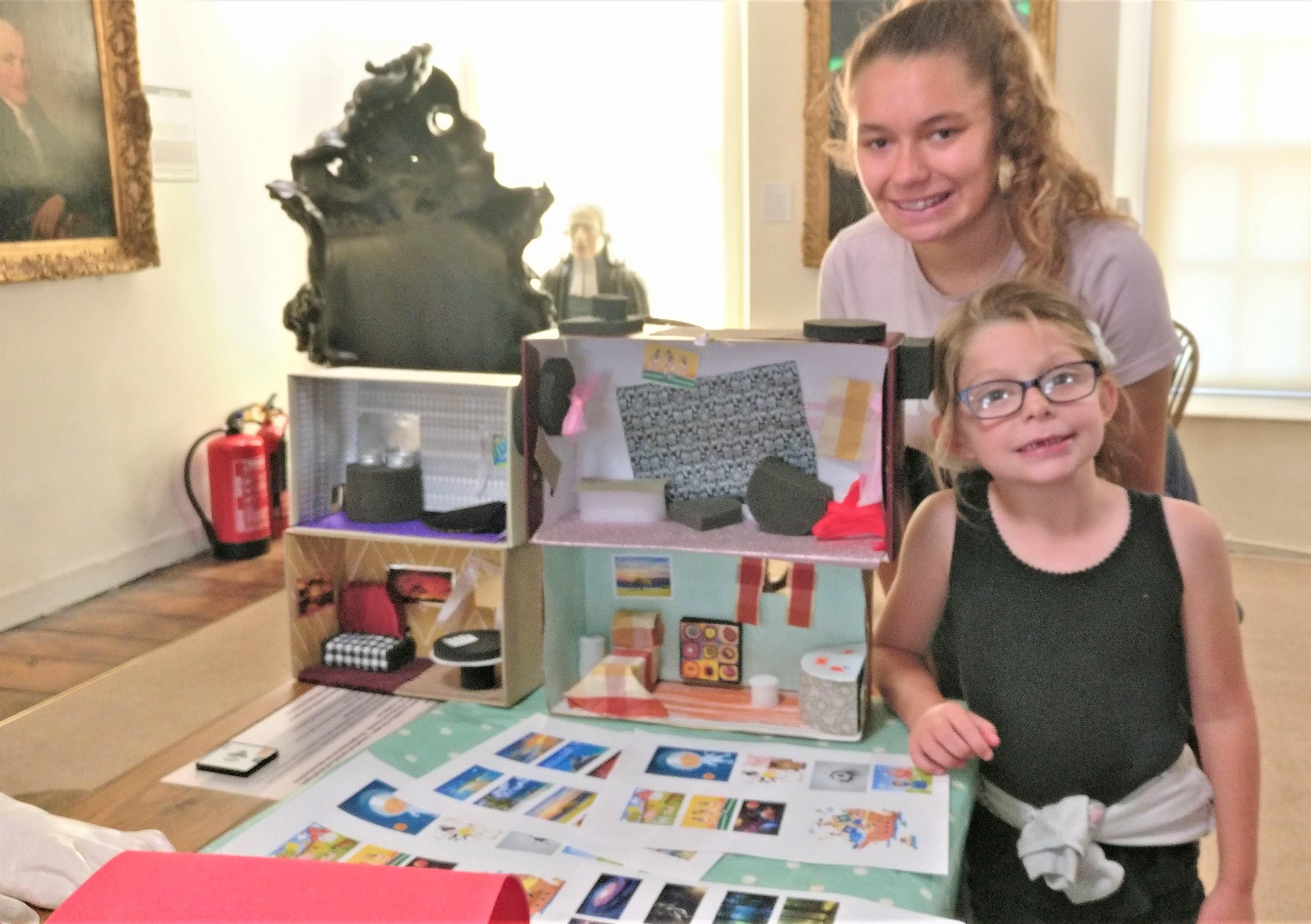 Children at New Room Bristol craft workshop